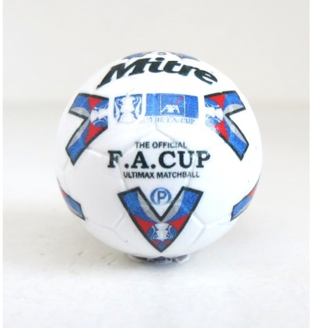 Pallina con decals BIANCO MITRE ULTIMAX F.A. CUP 1995