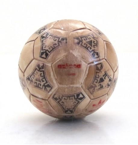 Pallina con decals BIANCA Tango Atzeca Messico World Cup 1986 scritte rosse effetto USURA